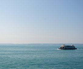 Bei super tollen Wetter mit der Fähre über den Bodensee nach Konstanz und dann weiter zur Insel Mainau.
