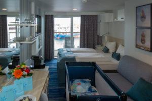Unsere Balkonkabine mit Babybett auf der Mein Schiff 1