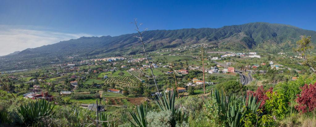 Panorama Blick auf die Hänge von Santa Cruz de La Palma